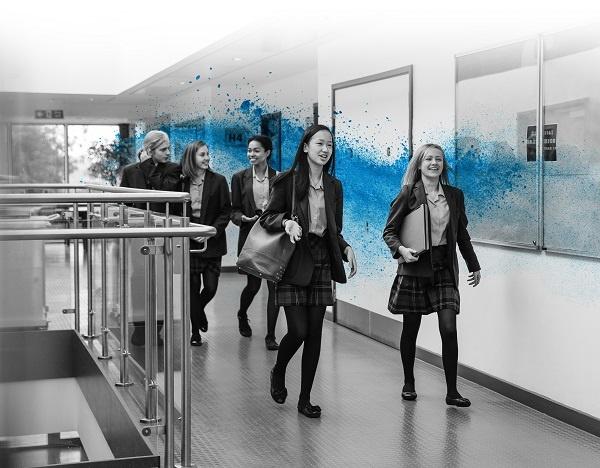 School_corridor_02_600pix